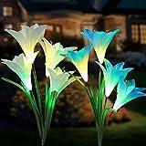 Tvird Solarleuchte Garten 4-Head 2 Packung Solar Garten Lampen Lilie Blumen Solarlicht mit Farbwechsel LED Lampen, Außen Dekoration Lichter für den Garten/Rasen/Feld/Terrasse/Weg(Blau &Weiß)